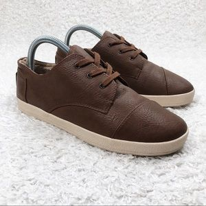 Toms Brown Lace Up Shoes